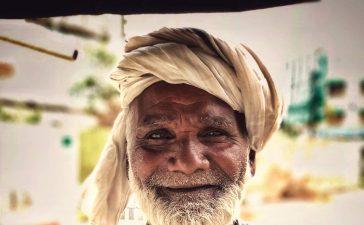 Baba Yaseen Share To Aware